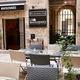 La Maisonnée à Nîmes propose une cuisine de brasserie traditionnelle à midi et des apéritifs dînatoires le soir, sans oublier des évènements toute l'année.( ® facebook la maisonnée)